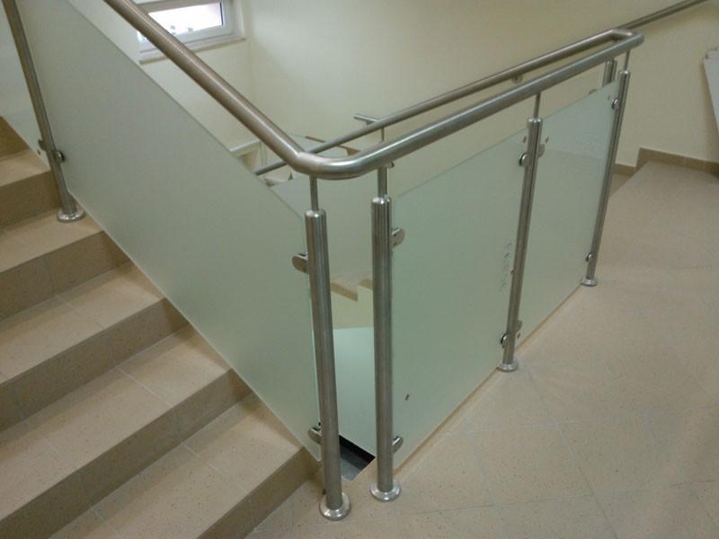 szyby katowice, poręcz schodów